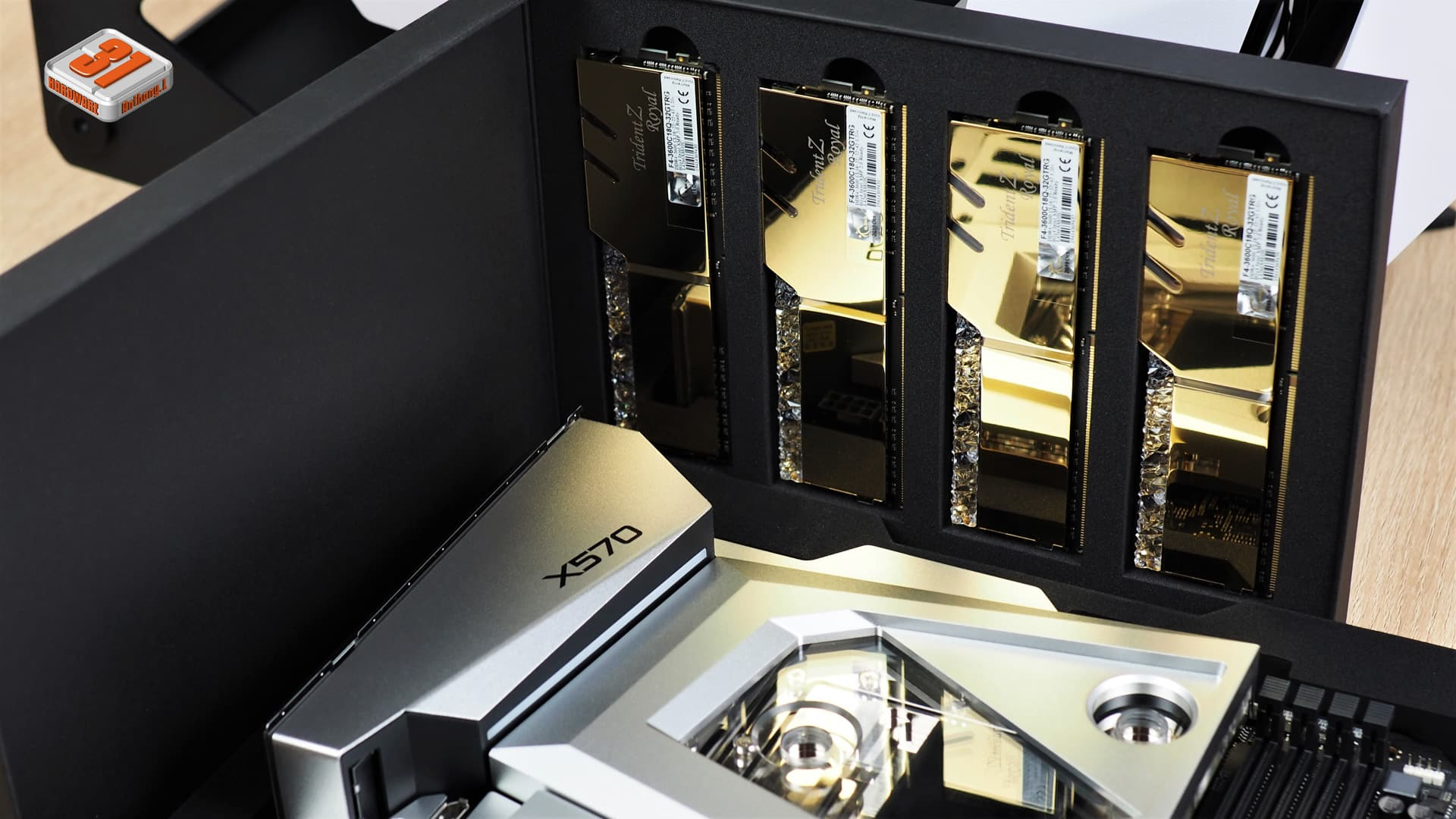 Montage client effectué avec le configurateur PC Hardware31 dans un Antec Torque