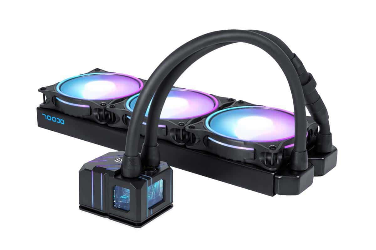 On distingue la taille de la pompe RGB qui équipe le Eisbaer Pro Aurora 360 mm