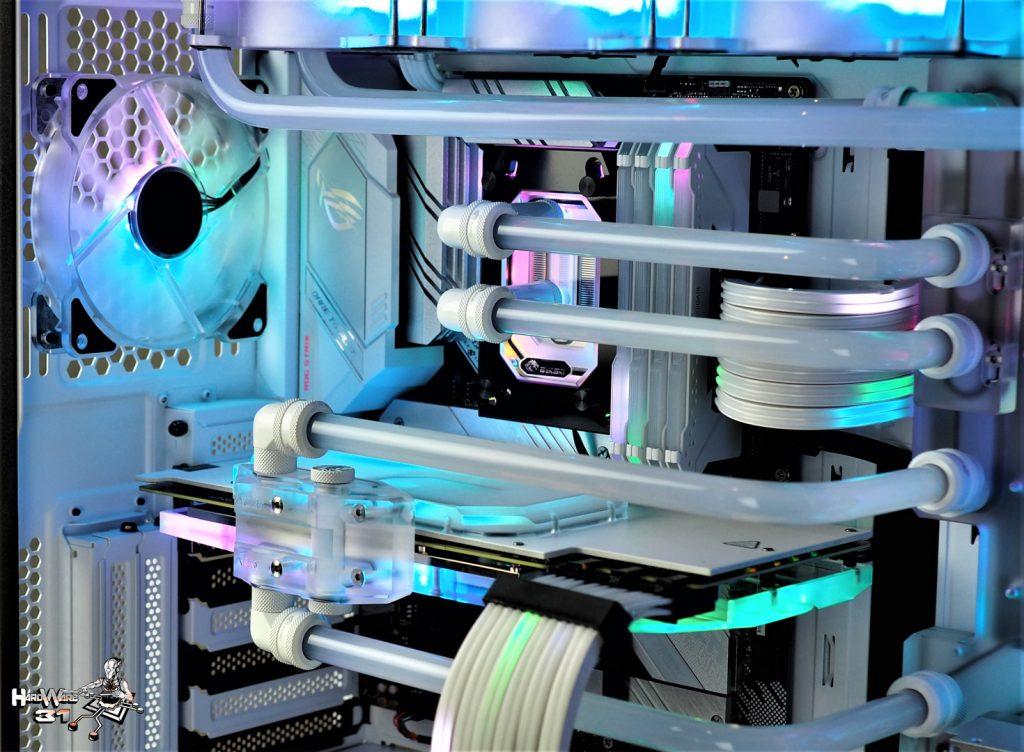 Montage client effectué avec le configurateur PC Hadware31 dans un ASUS ROG Strix Helios